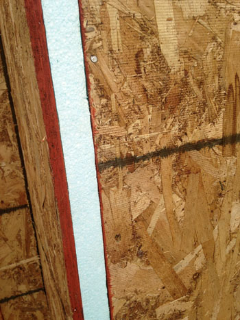The Difference Between Osb And Plywood Sheathing Green Home Guide Ecohome
