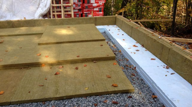 Slab on grade construction of ecohome demo house green for Roxul mineral wool insulation
