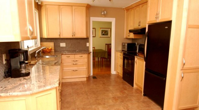 Formaldehyde-free non toxic kitchen cabinet renovation by River Woodworks