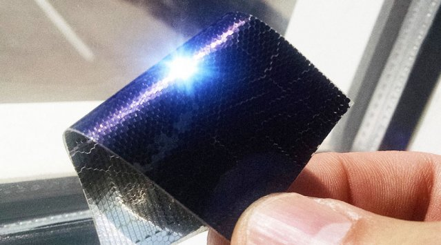 Flexible and portable PV 'solar glitter' panels coming soon