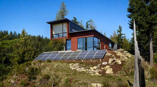 Off Grid Living With Solar Panels And Home Battery Backup