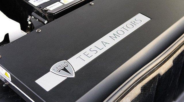 New Tesla battery for houses