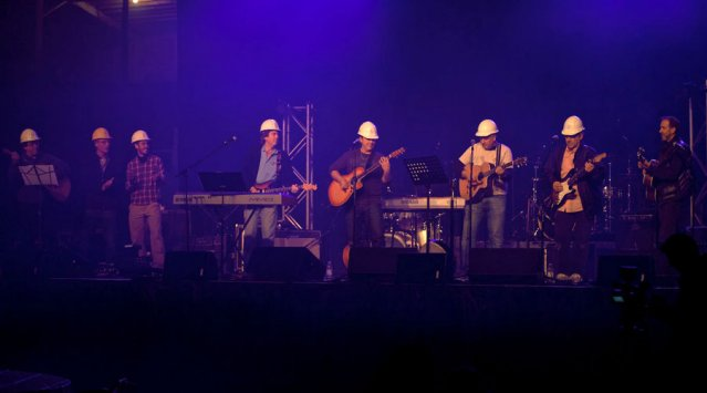 'Our House' fundraiser Jamboree in Ormstown, Quebec