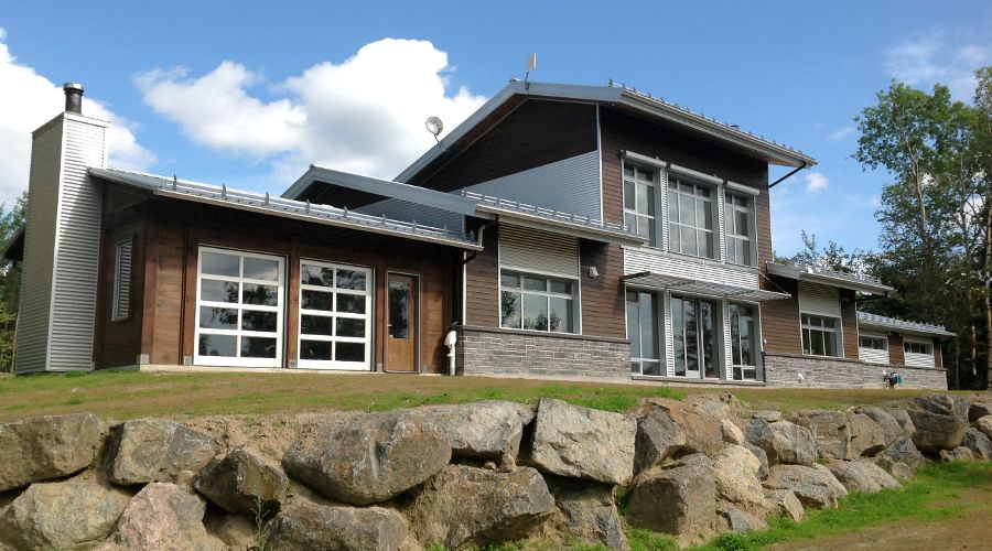Passive solar home wins house of the year award news for Net zero home design