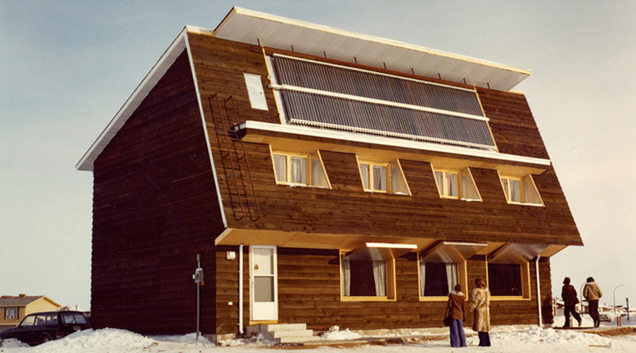 The saskatchewan conservation house the birthplace of for Passive solar house plans