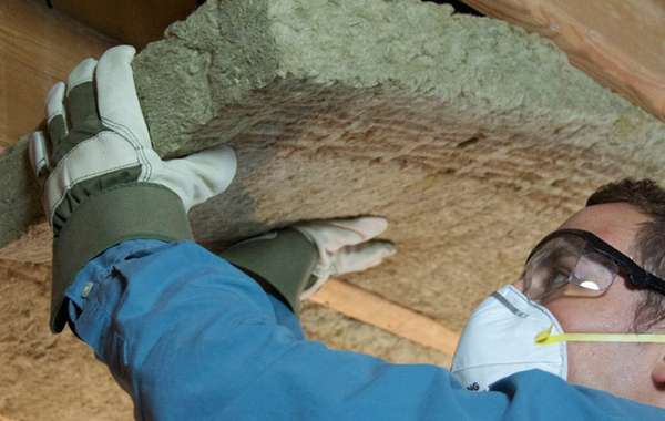 Mineral wool insulation in roof by Rockwool - LEED Platinum V4