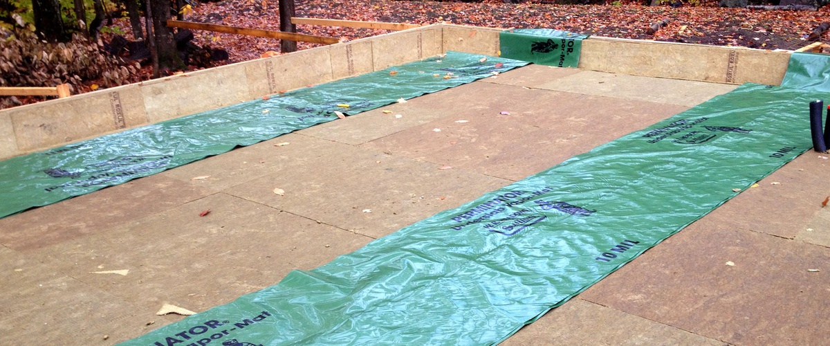 Slab on grade for a Passive Solar LEED Home insulated by Rockwool © Ecohome
