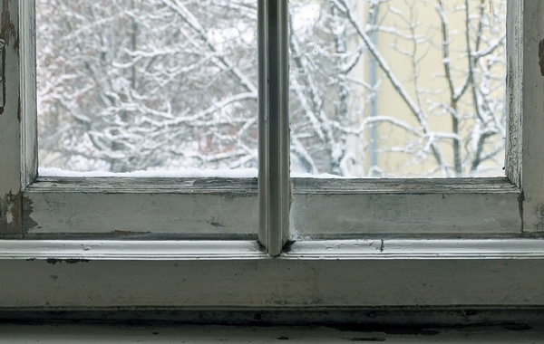 When should you replace windows