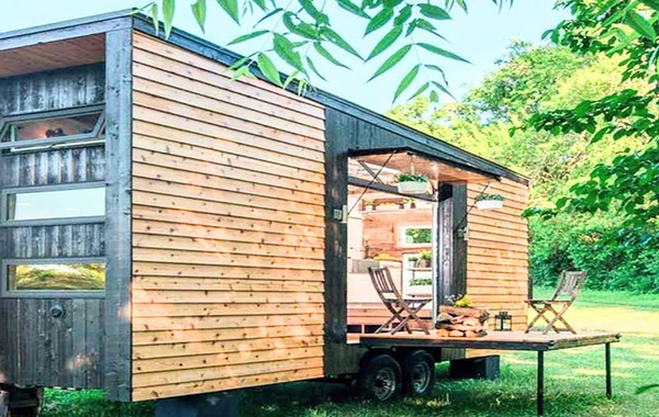 A Tiny House for sale locally set me thinking, should I buy a Tiny Home?