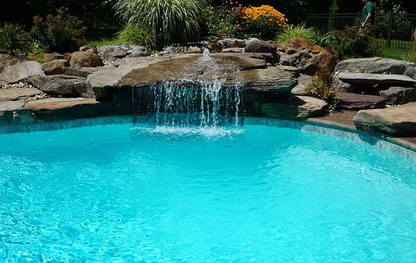 Natural Plunge Pools & Swimming Ponds - Ecohome