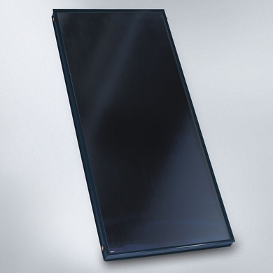 Premium high-performance flat plate solar thermal collector with switching ThermProtect absorber layer