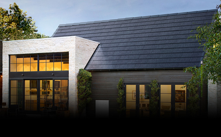 Tesla announces 1000 solar roof installations a week by 2021