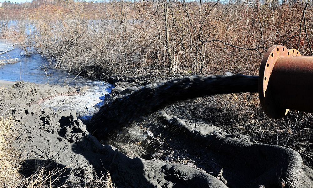 Tailings from coal burning power plants pollutes waterways